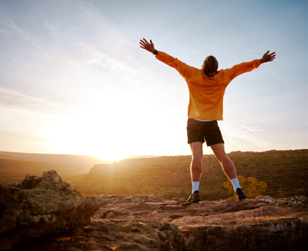 6 seriously impressive benefits of hiking for your mind body more